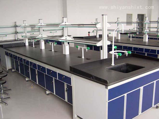 铝木实验台具有承重性能好