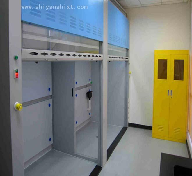 落地式通风柜应采用风机排风,水、电、气和通风一体化面板控制