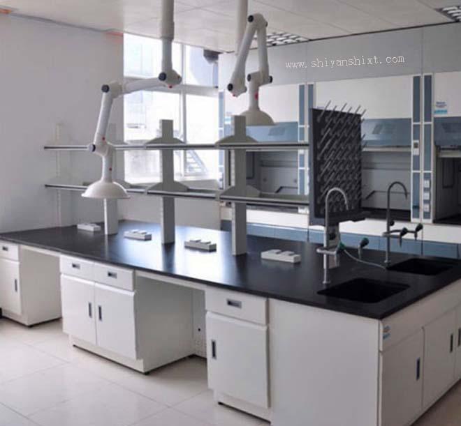 实验台主要在医院,学校,化工工厂应用