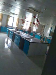 实验室实验台安装现场